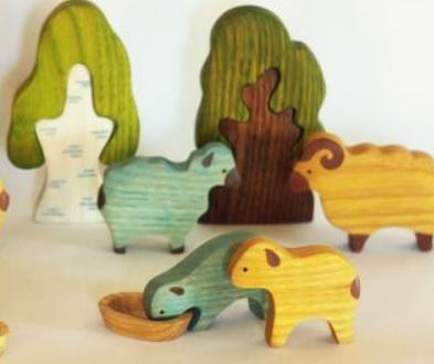 Первый канал поÑоветовал неимущим хранить кипÑток в термоÑе и покупать деревÑнные игрушки
