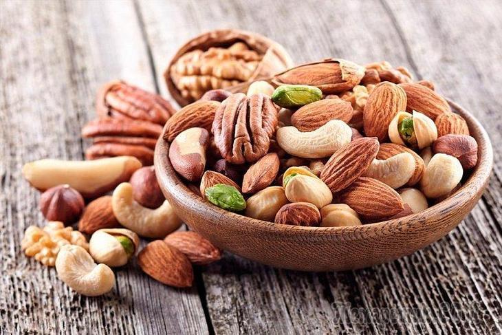 Полезный перекус для мозга: 8 любопытных фактов об орехах