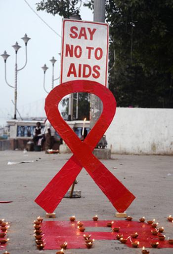 ВИЧ от рождения: дети и родители в плену стереотипов