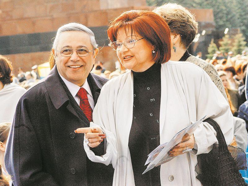 Малахову запретили «смаковать грязное белье» Петросяна и Степаненко