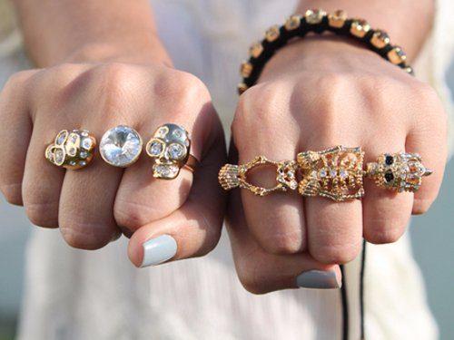 На каком пальце носить кольц…