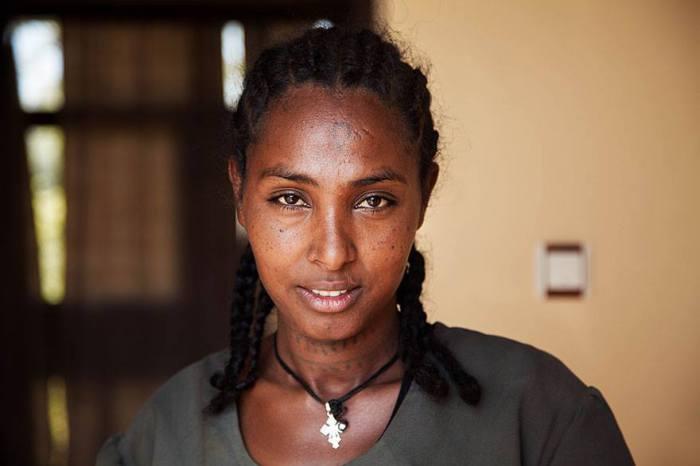 Африканская темнокожая красавица.