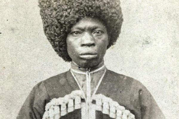 Черная земля. Казаки с ружьями захватывали Африку. Россия бросила их умирать