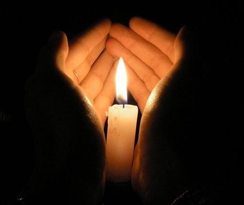 В Крыму объявили трехдневный траур в связи с трагедией в Керчи