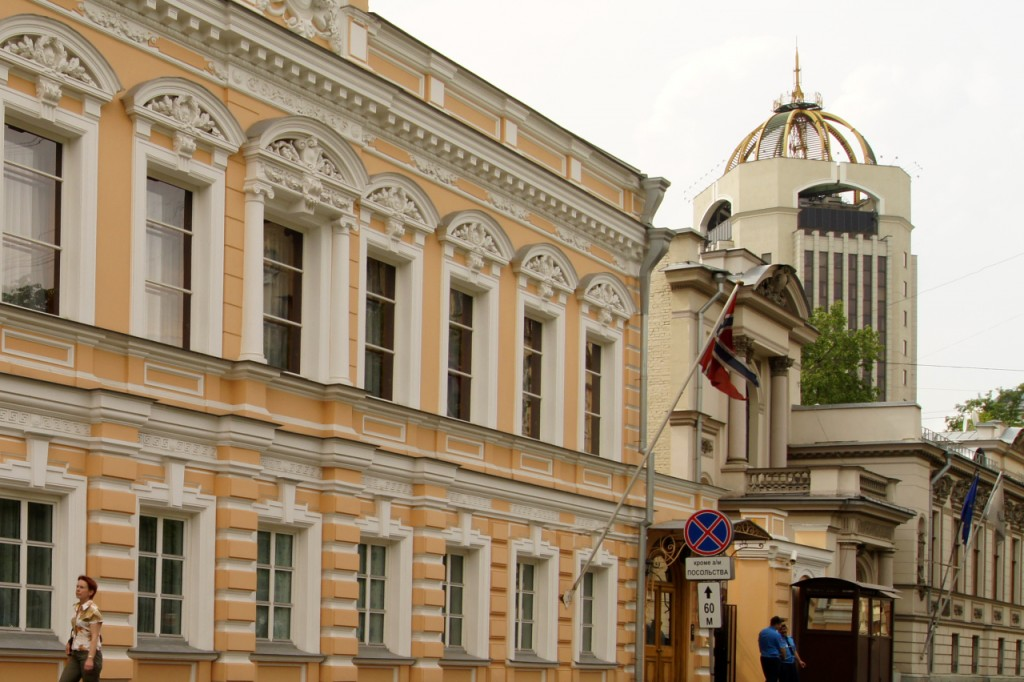 2013-11-16 11:47:21 iljinow Администратор iljinow 16 ноября 1921 г.  92 года назад