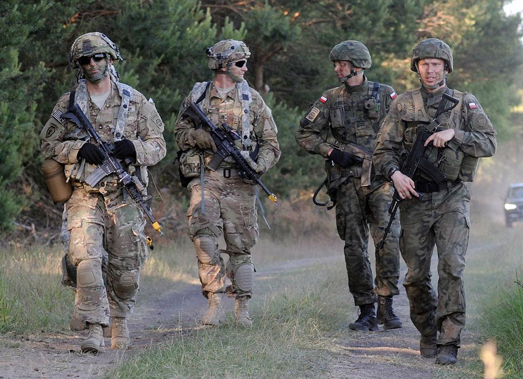 Минобороны Польши: несколько тысяч военных США и НАТО будут размещены в стране