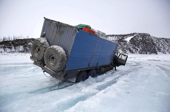 Новозеландский фотограф поработал дальнобойщиком в Якутии