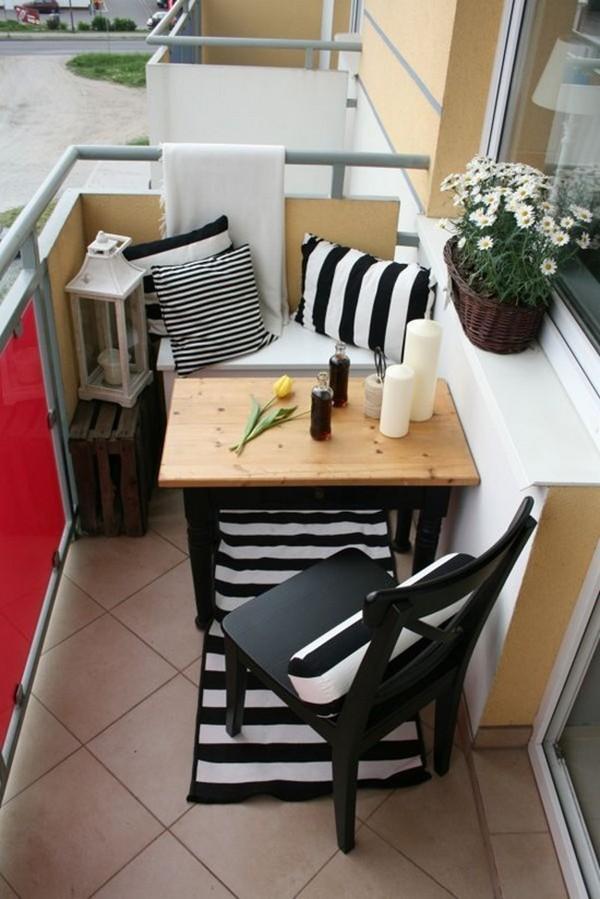 Удобный и компактный столик на балкон своими руками фото