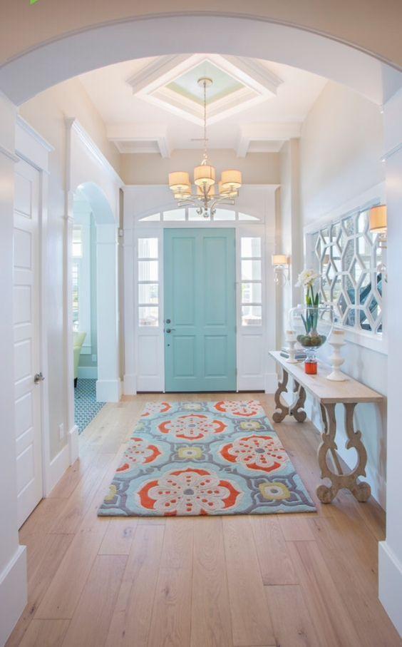 Красим дверь
