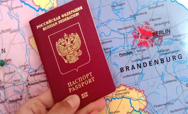 10 вещей, из-за которых русские за границей попадают в неприятности