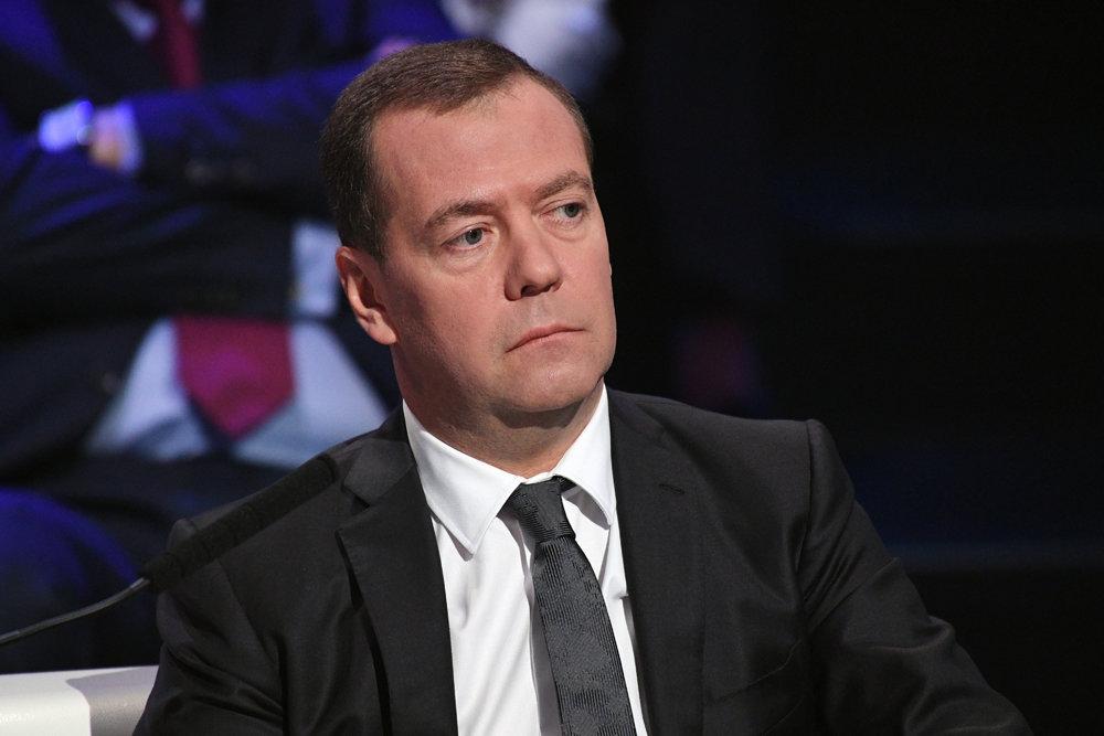 Медведев: Кибератаки нанесли России ущерб в 600 млрд рублей