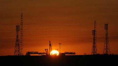 Роскосмос озвучил стоимость полета космических туристов на околоземную орбиту
