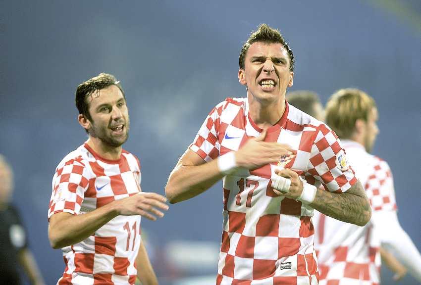 Сборная Хорватии выступила с…