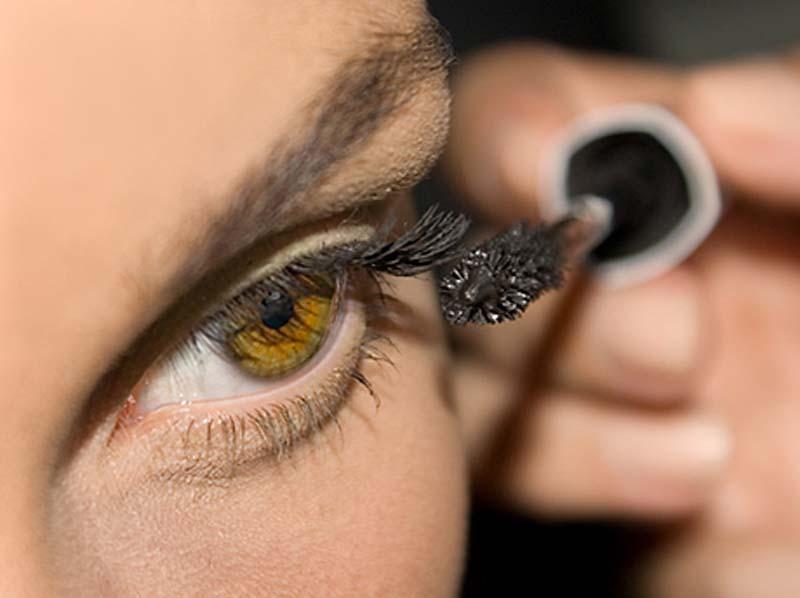 5 мифов о макияже, в которые пора перестать верить