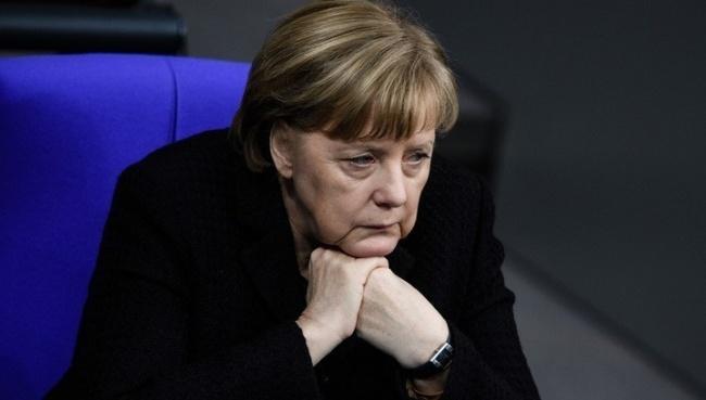Женщина член бундестага пристыдила меркель видео