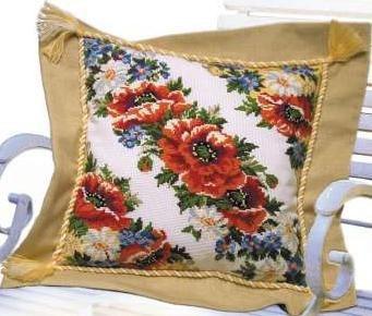 Цветочная вышивка для подушки