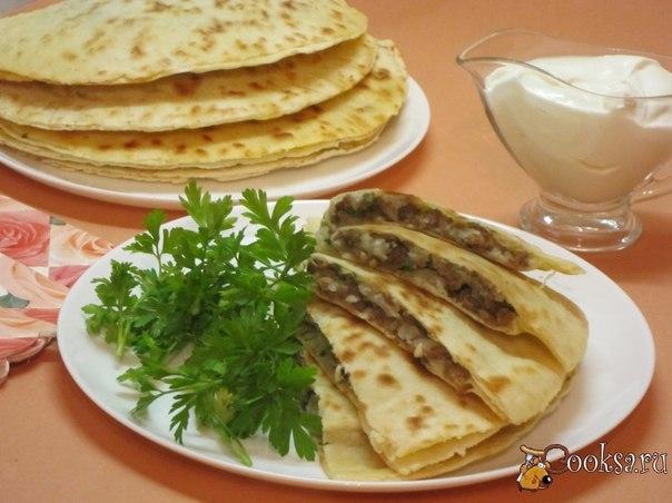 Гёзлеме - турецкие лепёшки с мясом