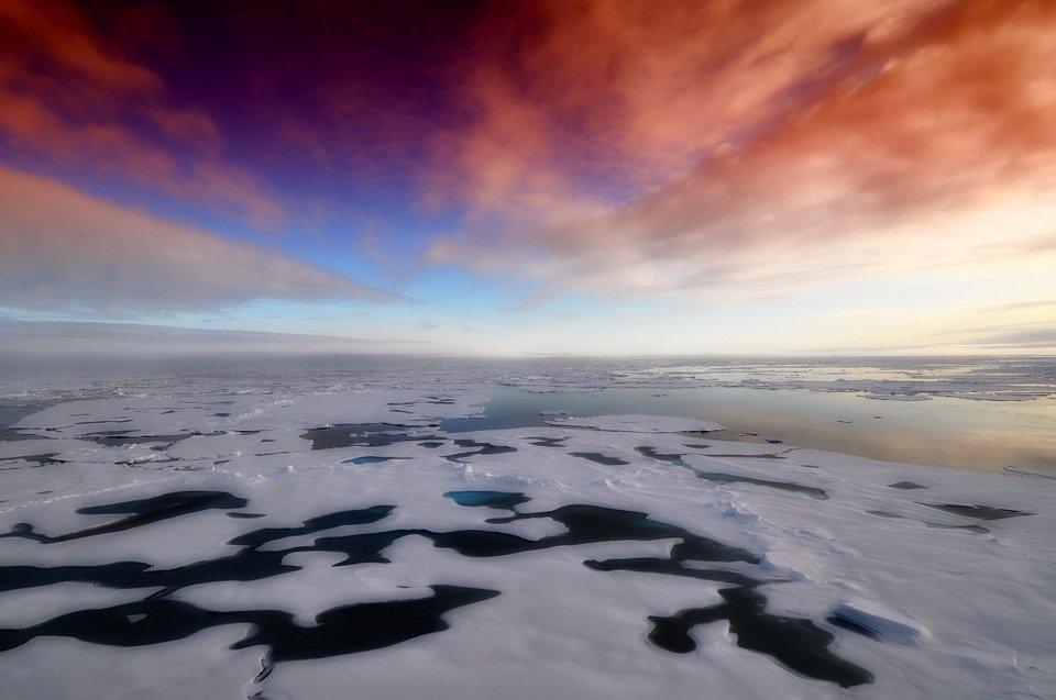 Welt: русские ракеты в Аркти…