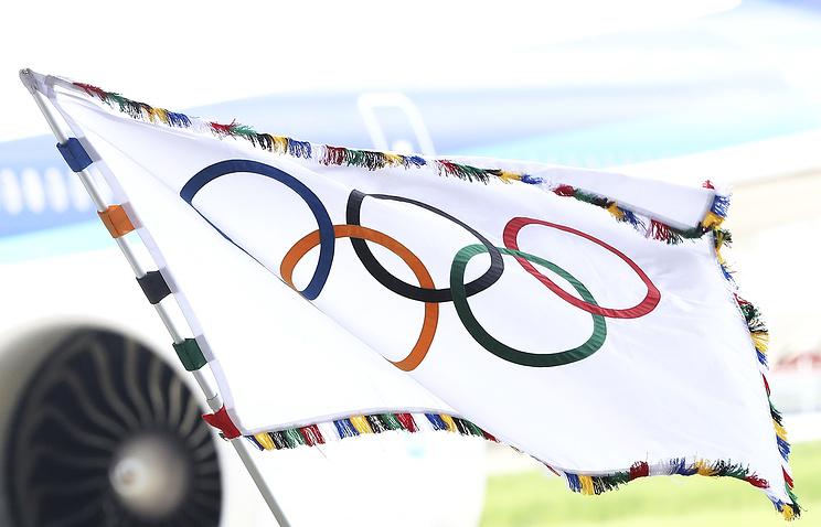 Флаг на Олимпиаде понесет волонтер