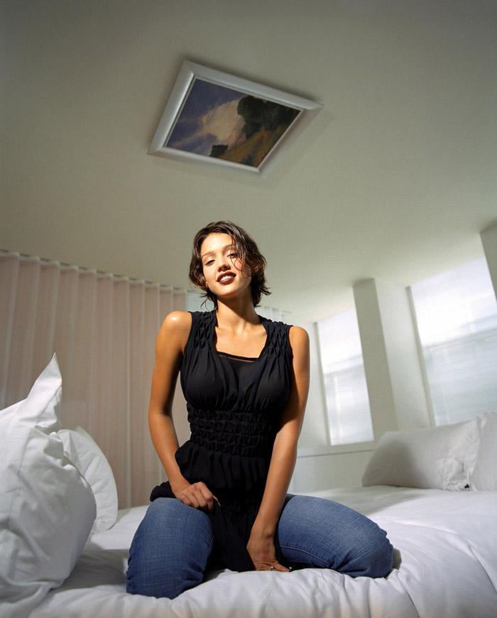 Джессика Альба в фотосессии Юджина Адебари  (2003)