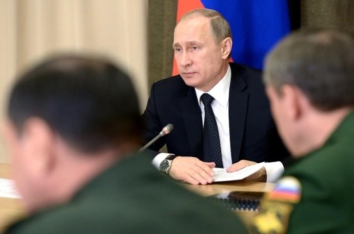 Путин назвал крушение Ил-20 в Сирии трагической случайностью