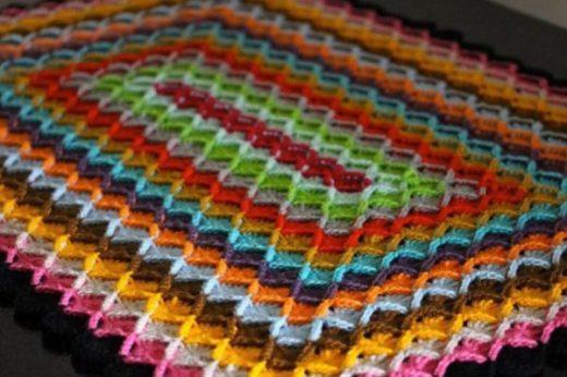 Оригинальный плед баварской вязкой… Этот способ вязания очень интересный и совершенно не утомительный!