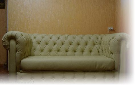 Оригинальный диван в каретной стяжке своими руками