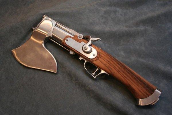 Можно застрелить топором или зарубить пистолетом