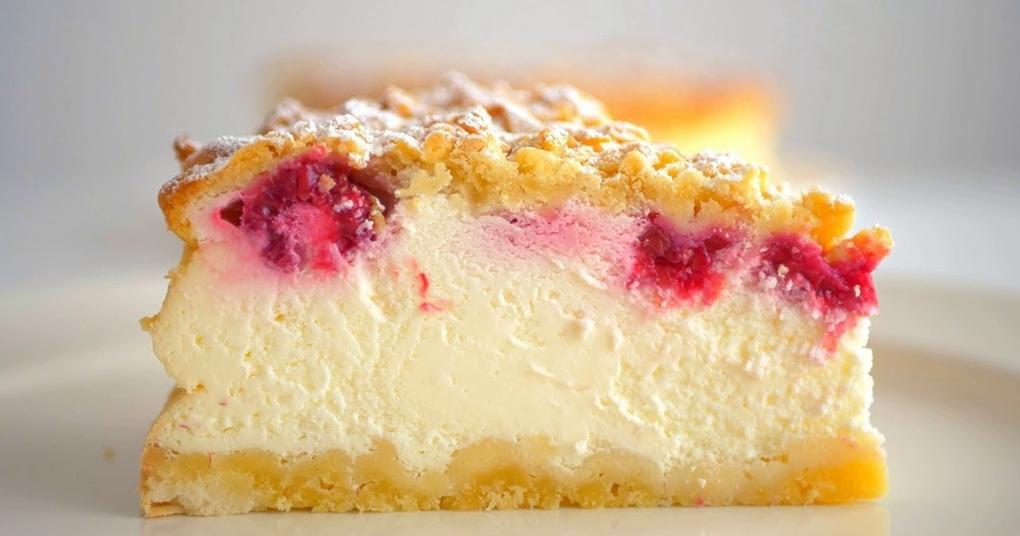Потрясающий сметанный пирог, который покорит всю семью