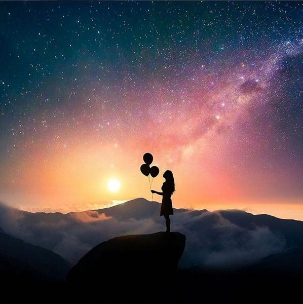 Никогда не предавай свою мечту только из-за времени, которое занимает на ее осуществление. Время проходит в любом случае. Автор: Robert Jahns.