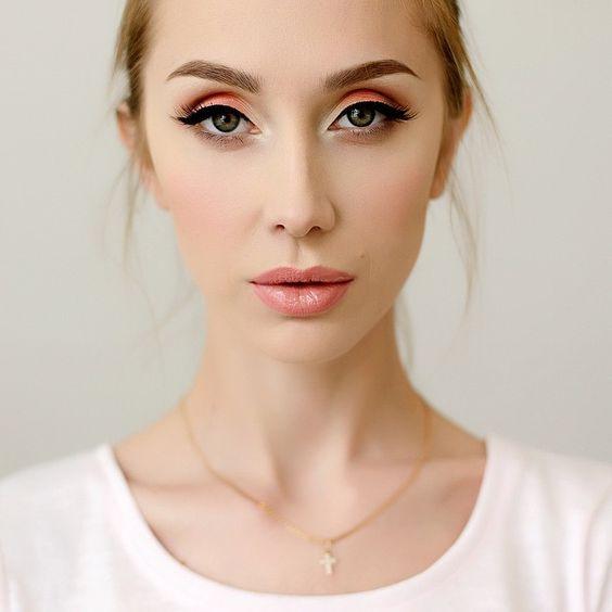 Нежный оттенок в макияже который подойдет каждой женщине