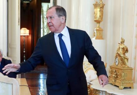 Лавров вспомнил «Алису в Стране чудес» из-за обвинений в адрес России