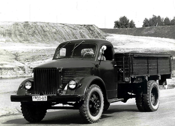 Шина типа РС (радиальная со съемным протектором). шина, авто, грузовик, газ 51  фото