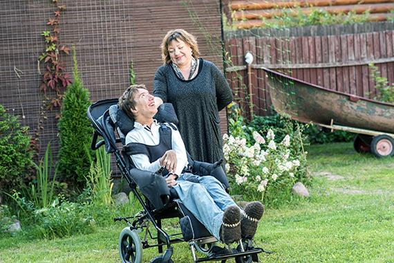 Как жить с таким тяжелым инвалидом? Больше не мучаем сына…
