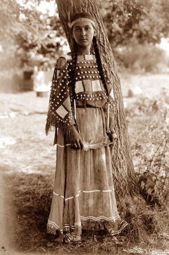 Племя Уичита, 1911 женщины, индейцы, красота, племена, прерии