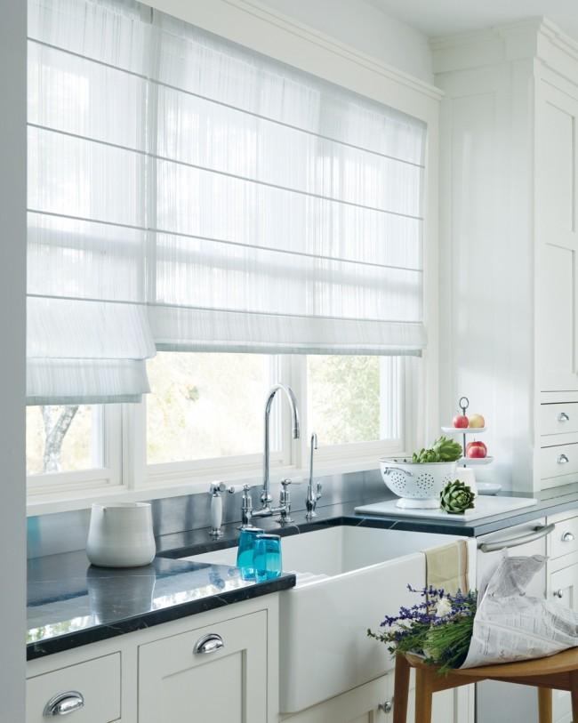 Римские шторы - это удобно и современно, а рукодельнице не составит труда самой их смастерить