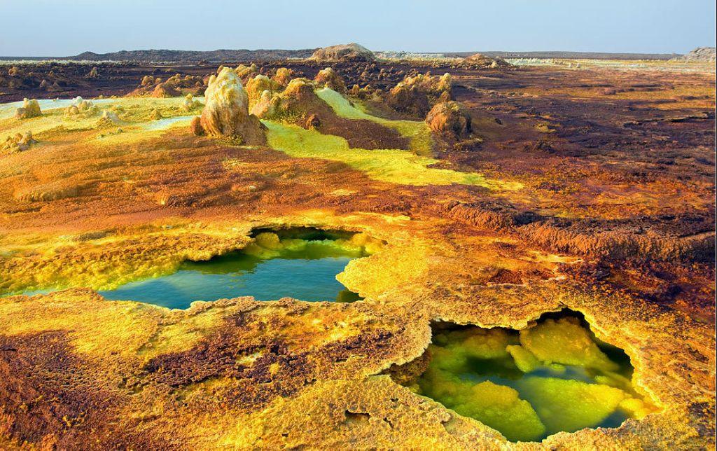 29 самых сюрреалистических пейзажей на планете, в которые трудно поверить!