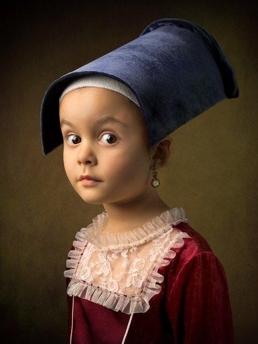 Дочь как модель в стиле классических картин