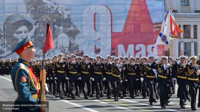 Праздник со слезами на глазах: история Дня Победы, традиции, оружие победителей