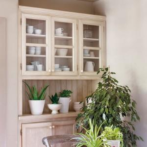 vintage-cupboard1