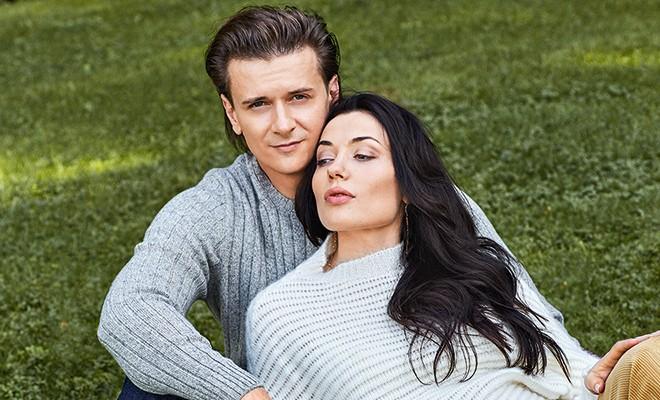 Глеб Матвейчук и Елена Глазкова в съемке накануне рождения первенца: история любви от первого лица
