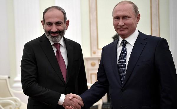 Российский взгляд на«армянскую весну»: Союз нерушим, вопросы прибавились