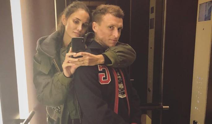 Жена Мамаева сняла футболист…
