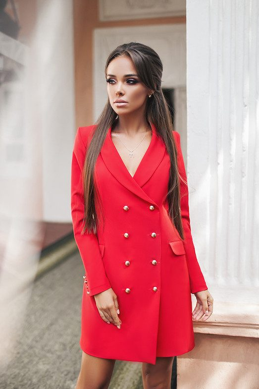Как выбрать модное платье-пиджак?