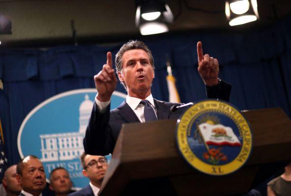 California Governor Gavin Newsom signs gig worker bill AB5 into law