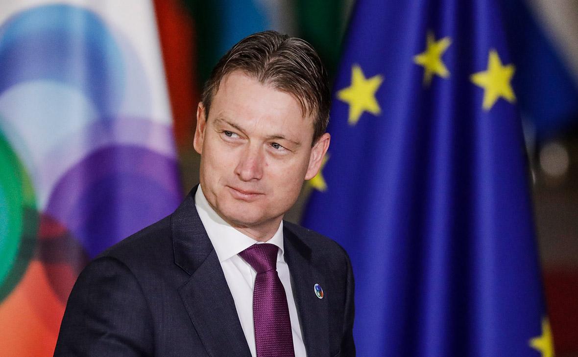 Глава МИД Нидерландов признался во лжи о встрече с Путиным в 2006 году