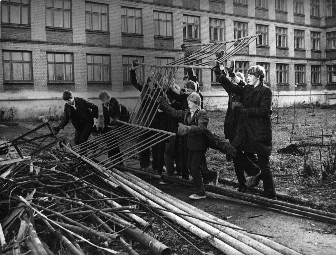 Терпение и труд. Как в СССР эксплуатировали детей.