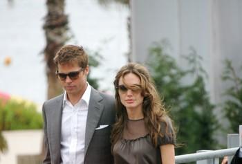Брэд Питт подозревает Анджелину Джоли в лицемерии