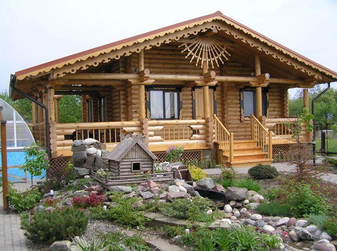 Защитить и украсить: Зачем деревянному дому — резьба