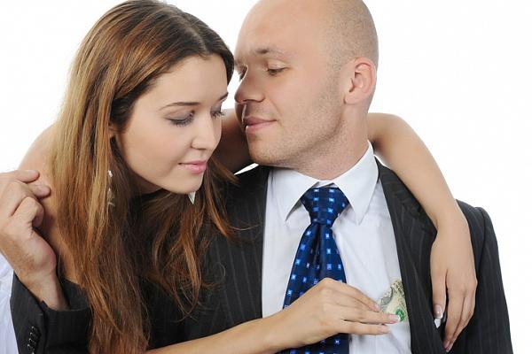 Стесняетесь спросить мужа сколько он зарабатывает? Вот 5 простых способов узнать об этом!